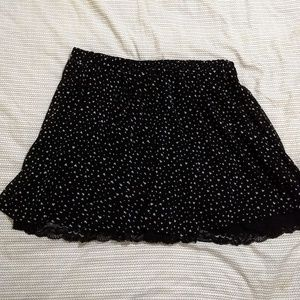 Torrid black lace skirt with all of ❤️ dots
